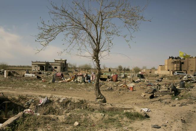 La prise de Baghouz met fin à une bataille finale exténuante qui a duré plusieurs semaines et qui a fait fui des milliers de personnes.
