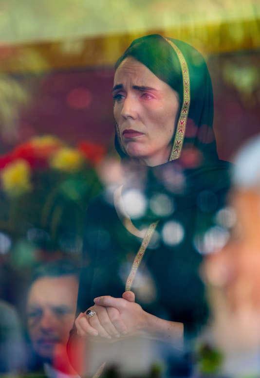 Après la tuerie de Christchurch, la photo qui incarne « l'incroyable leadership » de Jacinda Ardern