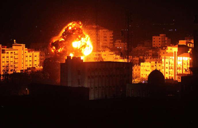 Les frappes de l'armée israélienne surGaza, le 25 mars, en réponse à un tir deroquettesur Tel-Aviv attribué au Hamas.