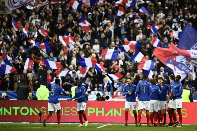 La joie des Bleus après le but de Giroud face à l'Islande, le 25 mars au Stade de France.
