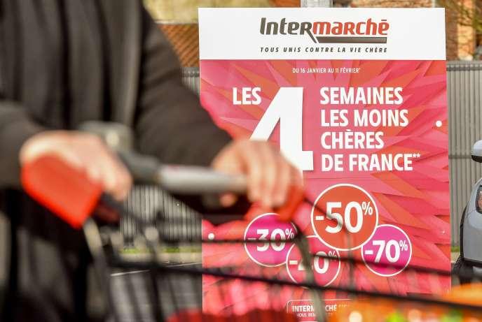 Une publicité annonce des promotions dans l'Intermarché de bailleul (Nord), le 1erfévrier 2018, quelques jours après la vente de Nutella à–70% par l'enseigne.