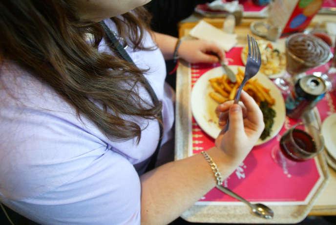 Le gouvernement veut faire diminuerl'obésité de 15% chez les adultes et de 20% chez les enfants et adolescents,d'ici à 2023.