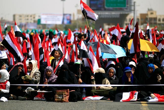 Lors d'une manifestation pour marquer les ans du début de la guerre au Yémen, à Sanaa, le 26 mars.