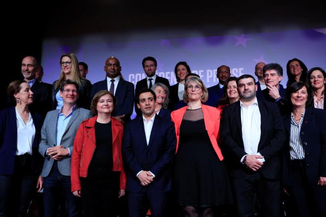 Présentation de la liste LRM aux européennes, le 26 mars, à Paris.
