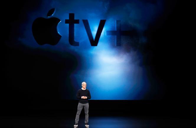 Tim Cook présente les nouvelles offres de services bientôt proposées par Apple, à Cupertino, en Californie, le 25 mars.