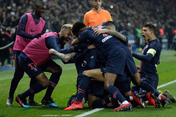 Lors de la rencontre qui opposait le Paris-Saint-Germain à l'Olympique de Marseille, le 17 mars, au Parc des princes.