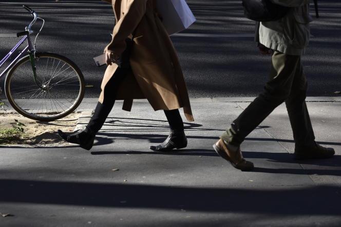 En ville, la marche à pied fait la transition entre les différents modes de transport