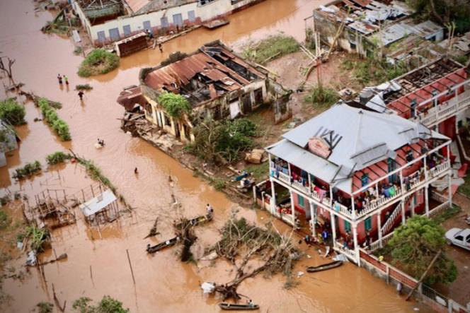 Les rues inondées de Buzi, une ville du centre du Mozambique, le 20 mars 2019.