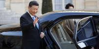Le président chinois Xi Jinping à sa sortie de l'Elysée, le 26 mars.
