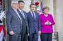 Xi Jinping sur le perron de l'Elysée, entouré de Jean-Claude Juncker, Emmanuel Macron et Angela Merkel, le 26 mars.