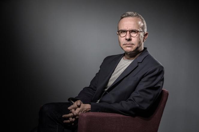 L'écrivain Philippe Besson, le 30 mai 2017 à Paris.