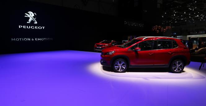 Le nouveau SUV Peugeot 2008 au salon de l'auto à Genève.