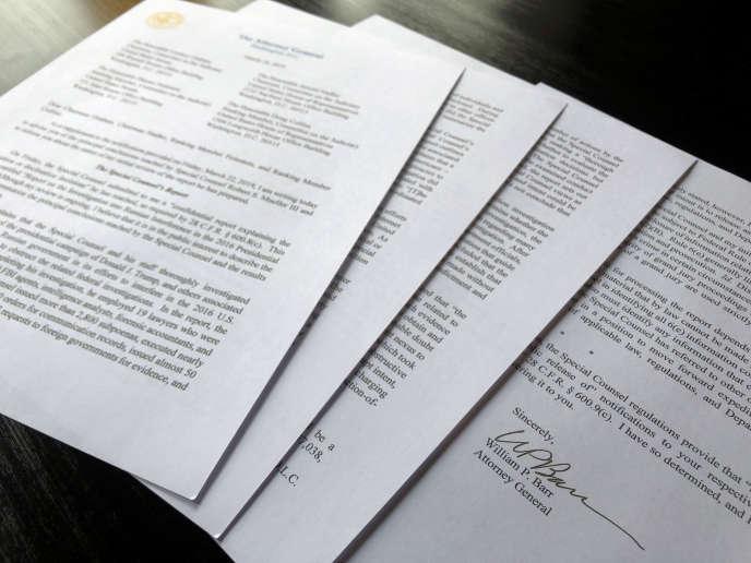M. Barr a publié le 24 mars un résumé de quatre pages du rapport Mueller selon lequel il n'existe pas de preuve d'une coordination entre l'équipe de Donald Trump et Moscou pour influencer l'électionprésidentielle de 2016.