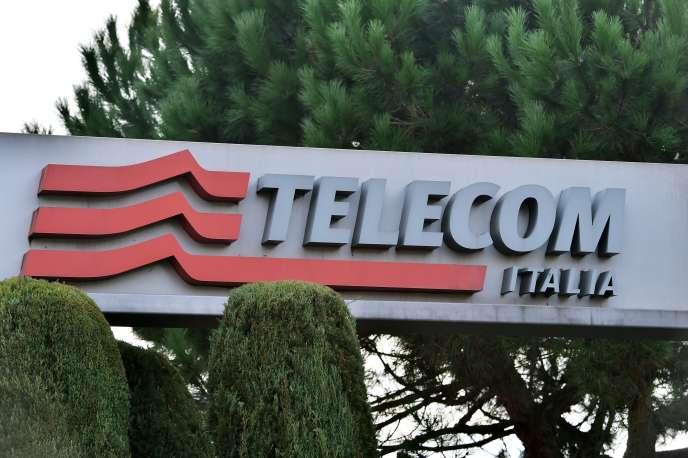 Au cœur de la bataille entre Vivendi et Elliott se trouve la gouvernance de l'ex-fleuron italien des télécoms, dont l'indépendance est remise en question par le groupe français.