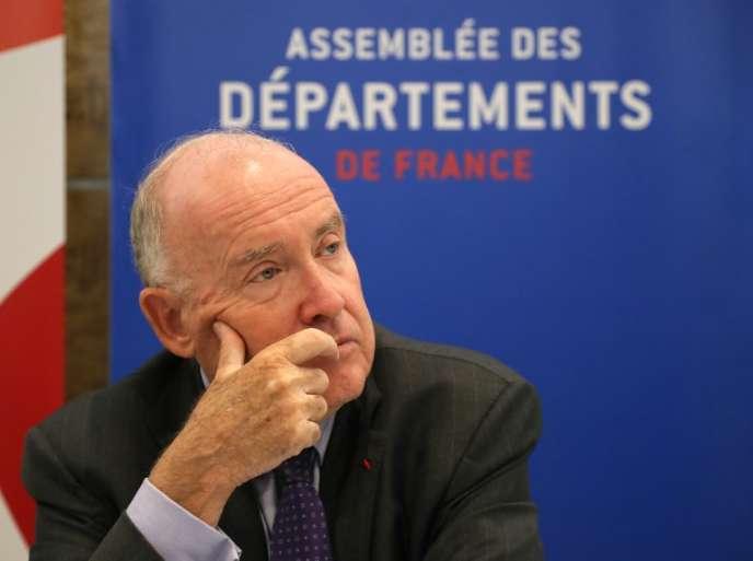 Dominique Bussereau, président de l'Association des départements de France, le 3 juillet 2018 à Paris, lors d'une conférence de presse.