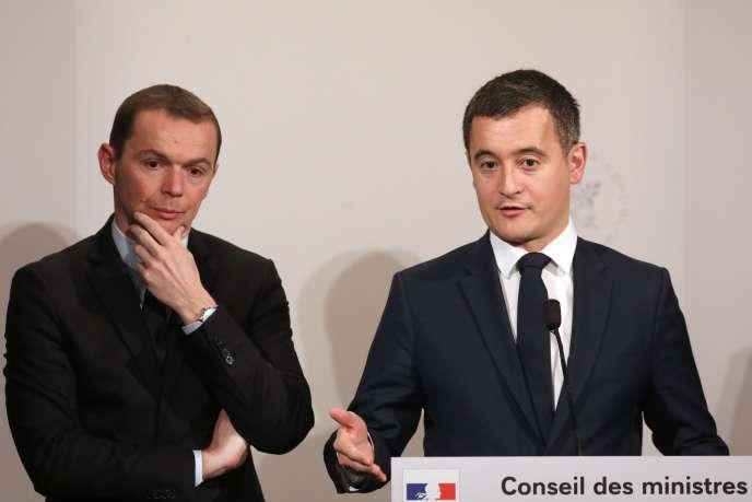 Le secrétaire d'Etat, OlivierDussopt, et le ministre de l'action et des comptes publics GéraldDarmanin, àl'Elysée, le 27 mars.