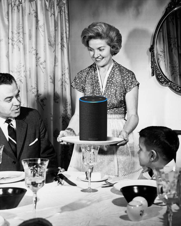 Photomontage à partir de« Homemaker serving dinner», d'Ewin Galloway