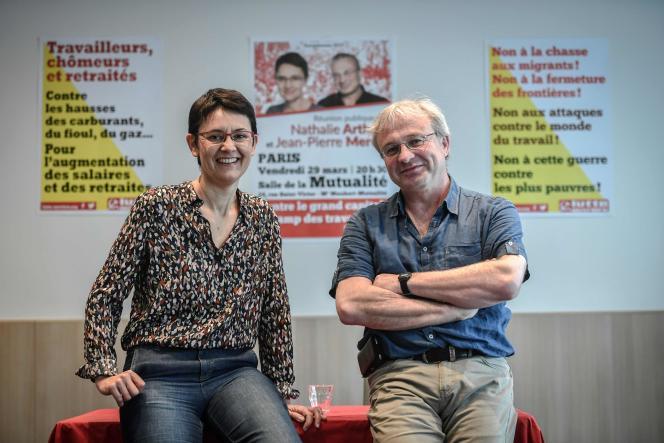 Nathalie Arthaud et Jean-Pierre Mercier ont donné une conférence de presse, vendredi 29 mars.