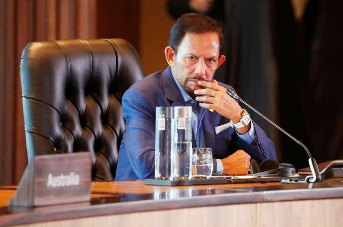 Le sultan de Brunei, Hassanal Bolkiah, en novembre 2018, lors d'un sommet régionalà Port Moresby, en Papouasie-Nouvelle-Guinée.