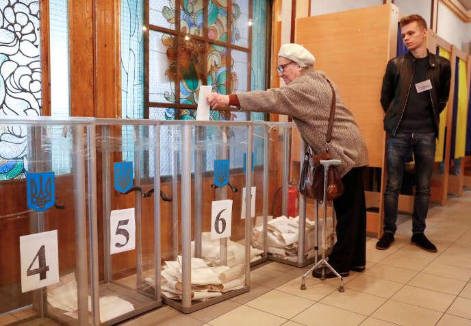 Les Ukrainiens sont appelés à élire leur nouveau président, dimanche 31 mars.