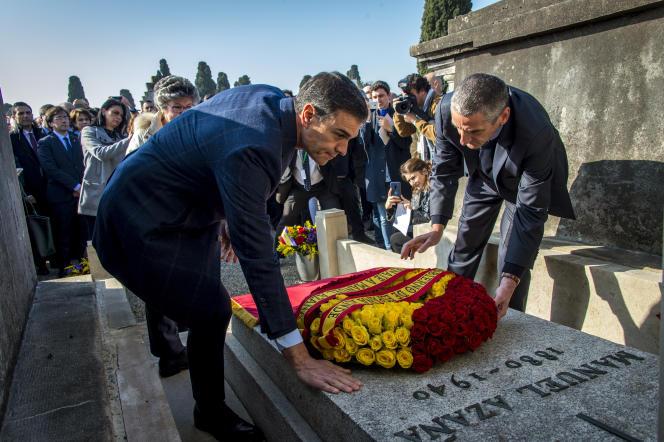Pedro Sanchez rend hommage à Manuel Azana, président espagnol mort en exil en France en 1940, le 24 février à Montauban (Tarn-et-Garonne).