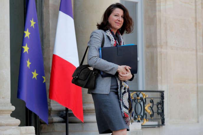 «Agnès Buzyn a ouvert le bal en affirmant le 17 mars qu'elle n'était pas hostile à un report de l'âge de départ» avant de faire un pas en arrière(La ministre de la santé, Agnès Buzyn, le 1er avril à l'Elysée).