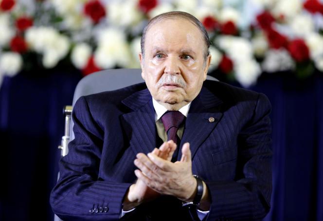 L'ancien président Abdelaziz Bouteflika lors d'une cérémonie à Alger, le 28 avril 2014.