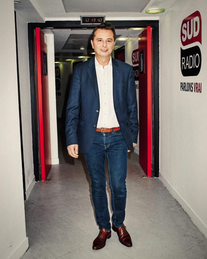 Le PDG de Fiducial Médias, Didier Maïsto, au siège de Sud Radio à Paris, le 28 mars.