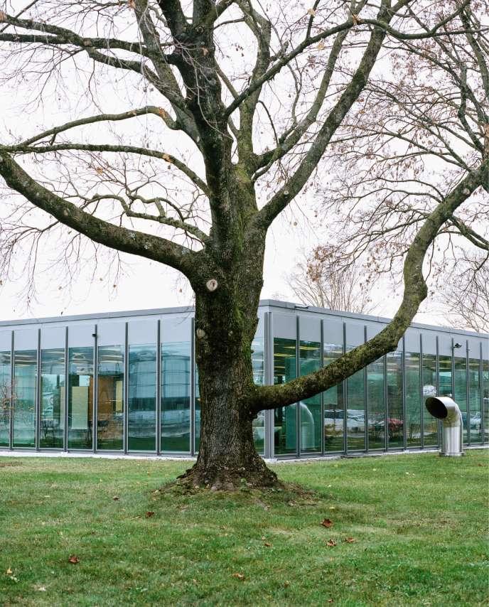 Le pavillon de verre, qui abritait les bureaux d'USM, a ététransformé en un lieu d'exposition consacré à l'histoire de l'entreprise.