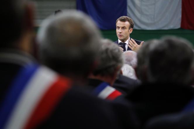 Emmanuel Macron, le 15 janvier, à Grand-Bourgtheroulde (Eure).