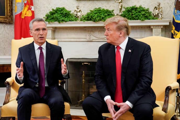 Le secrétaire général de l'OTAN, Jens Stoltenberg, et le président américain, Donald Trump, le 2 avril 2019 à la Maison Blanche.