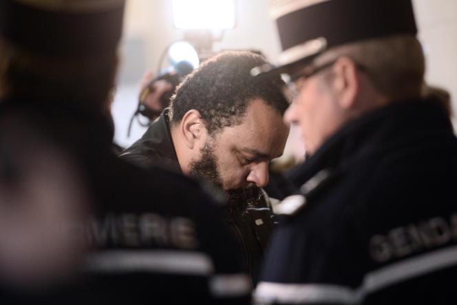 Dieudonné, le 28 janvier 2015 au tribunal de Paris.