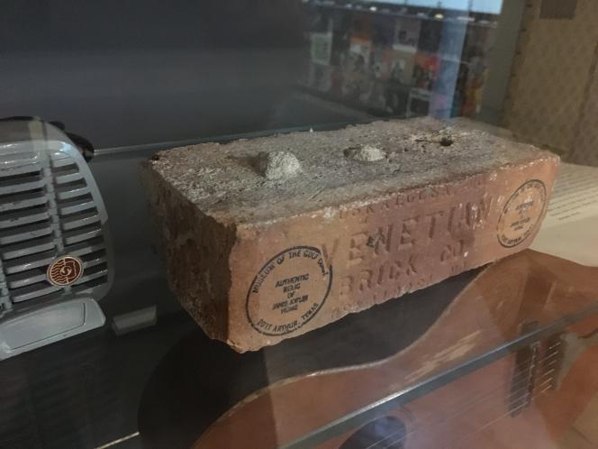Brique de la maison où Janis Joplin passa son enfance, à Port Arthur (Texas).