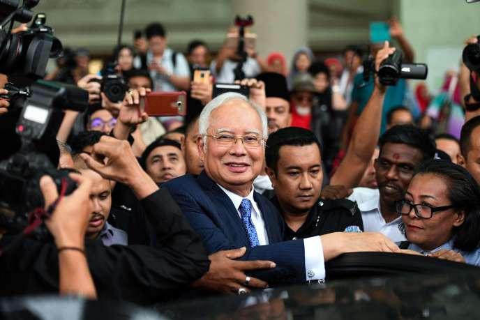 Najib Razak, le 3 avril devant le tribunal de Kuala Lumpur.
