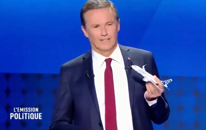 Nicolas Dupont-Aignan, lors du débat sur France 2, jeudi 4 avril.