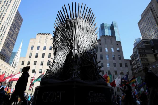 A New York, un gigantesque trône de fer annonce l'arrivée de l'ultime saison de «Game of Thrones».