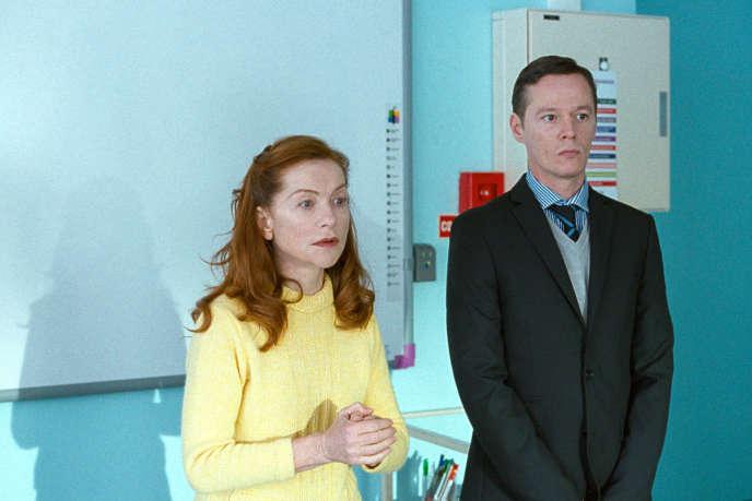 Isabelle Huppert et Guillaume Verdier dans «Madame Hyde», deSerge Bozon.