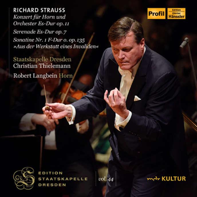Pochette de l'album «Concerto pour cor et orchestre n°1 op. 11. Sérénade pour treize instruments à vent op. 7. Sonatine n°1 op.135 «De l'atelier d'un invalide». Métamorphoses pour cordes op. 142».