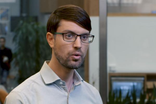 Nathaniel Gleicher dans une vidéo de décembre 2018.