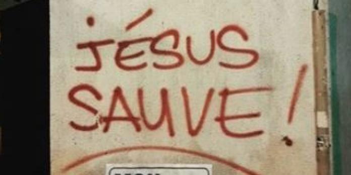 « Jésus sauve ! » : l'auteur des mystérieux tags à Paris enfin identifié
