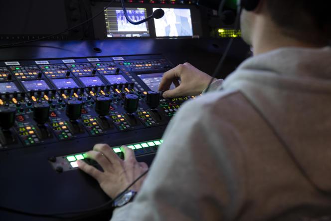 Dans les studios de BFM-TV, le 20 mars 2019.
