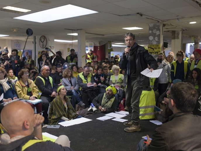 Discours introductif à la séance plénière du deuxième jour de l'«assemblée des assemblées»de «gilet jaunes», à Saint-Nazaire, le 6 avril.