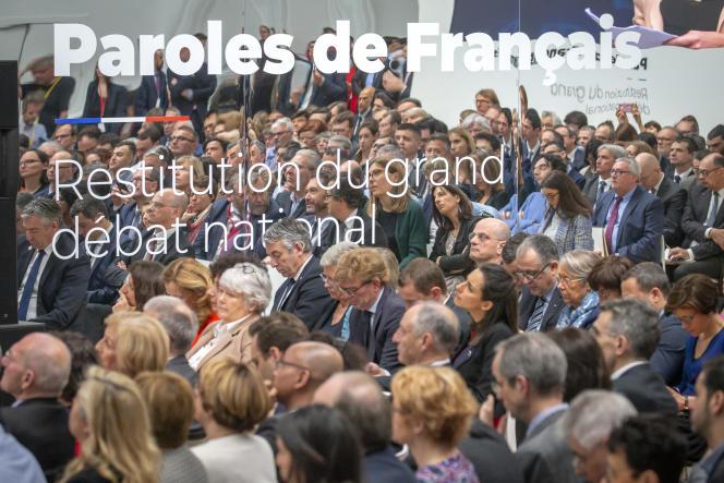 Les membres du gouvernement assistent à la restitution du grand débat national, au Grand Palais, à Paris, le 8 avril.