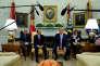 Le président des Etats-Unis, Donald Trump, aux côtés de son homologue égyptien Abdel Fattah Al-Sissi dans le bureau Ovale, à Washington, le 9 avril.