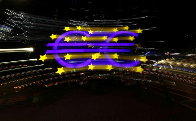 « La crise financière mondiale de 2008 et la crise de la dette en euro de2010 à 2012 ont révélé que notre Union économique et monétaire n'était pas préparée à faire face à une récession majeure liée à des perturbations financières.»
