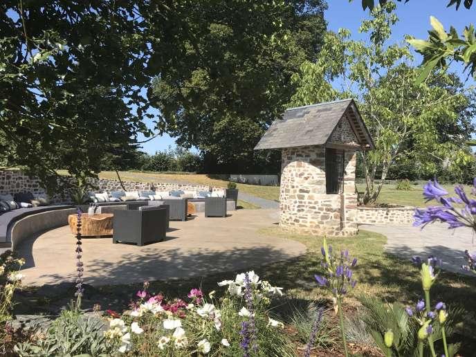 Le bastide du Clos-l'Abbé bénéficie d'un parc d'un hectare.