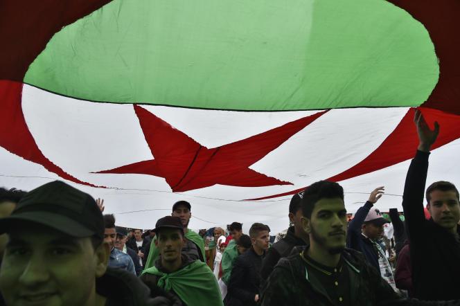 Lors d'une manifestation à Alger, le 5avril 2019.