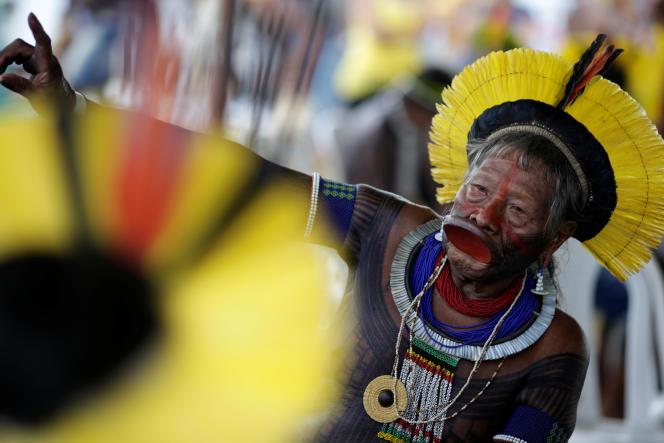 Raoni Metuktire, chef du peuple Kayapo en Amazonie brésilienne, initiateur de l'Alliance des gardiens de Mère Nature.