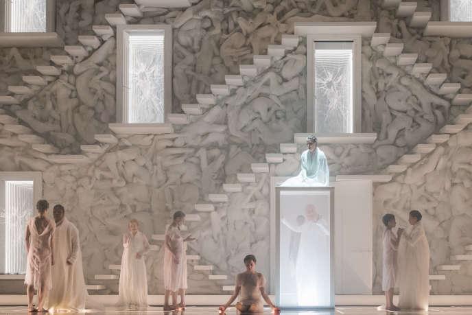 «Ariane et Barbe-Bleue», de Paul Dukas, dans une mise en scène deStefano Poda au Théâtre du Capitole à Toulouse.