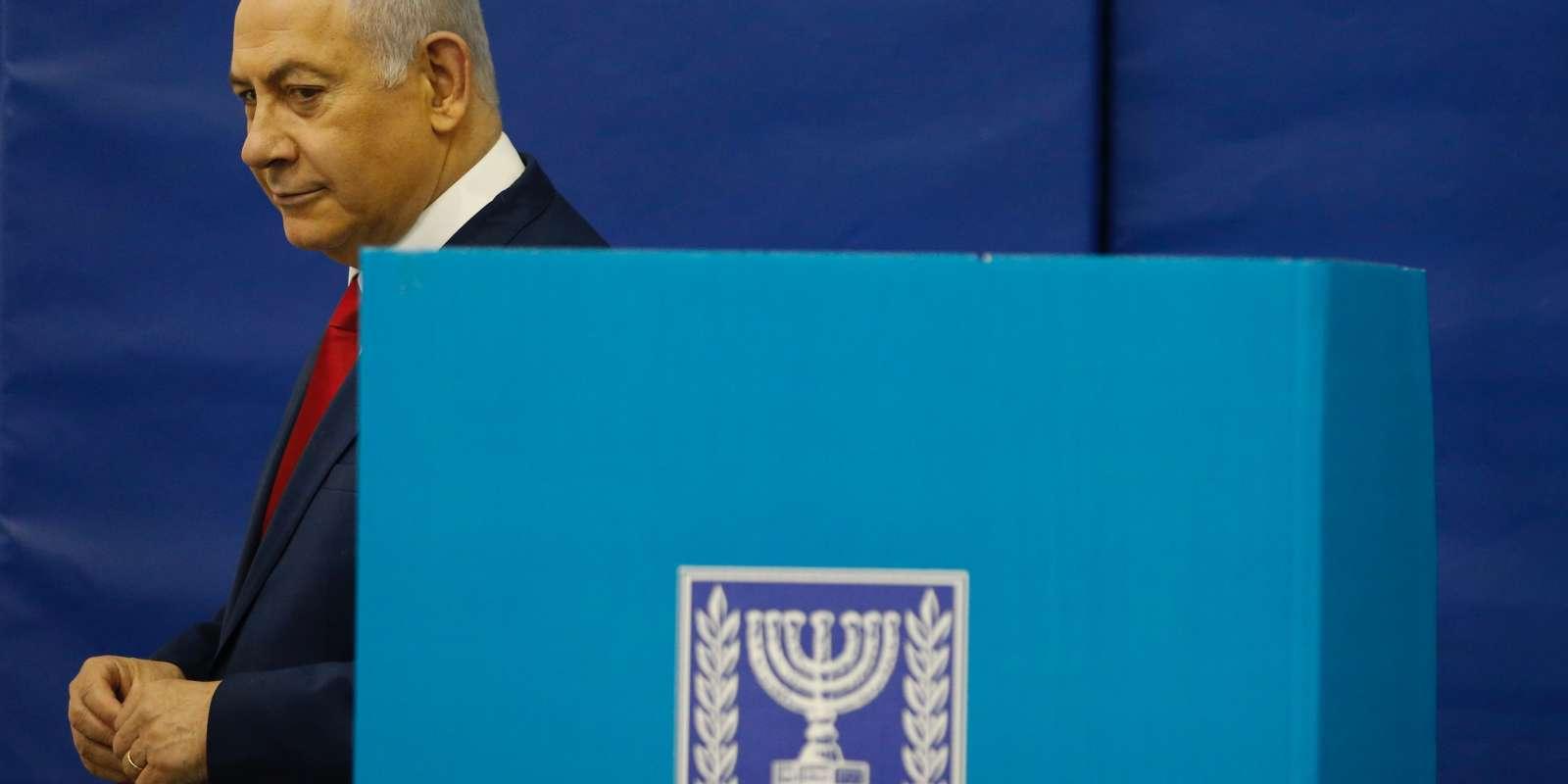 Benyamin Nétanyahou, dans un bureau de vote de Jérusalem, le 9 avril.